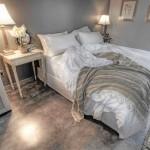 Frumusetea lenjeriei albe de pat